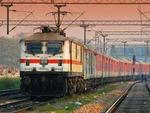 Indian railways: ट्रेनों की बुकिंग शुरू होते ही सारी IRCTC की साइट क्रैश, ट्रेनों के चलने पर संशय
